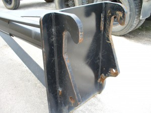 Materials handling pusher bars - Quick Hitch Pusher Bars